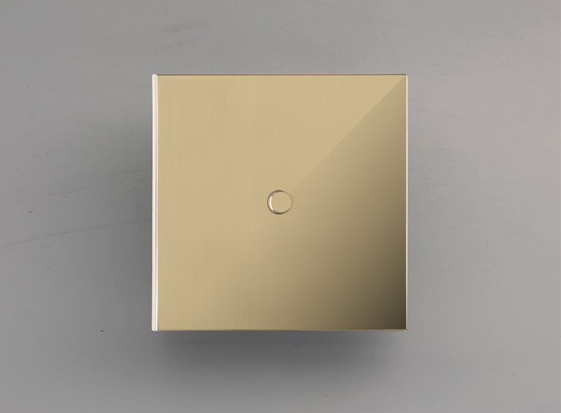 NEVA – mirror-brass_lm