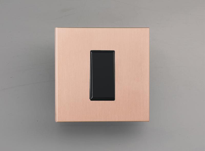 paris_luxonov_switch_brushed-copper_ro