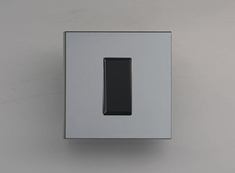 paris_luxonov_switch_grey-bronze_bz